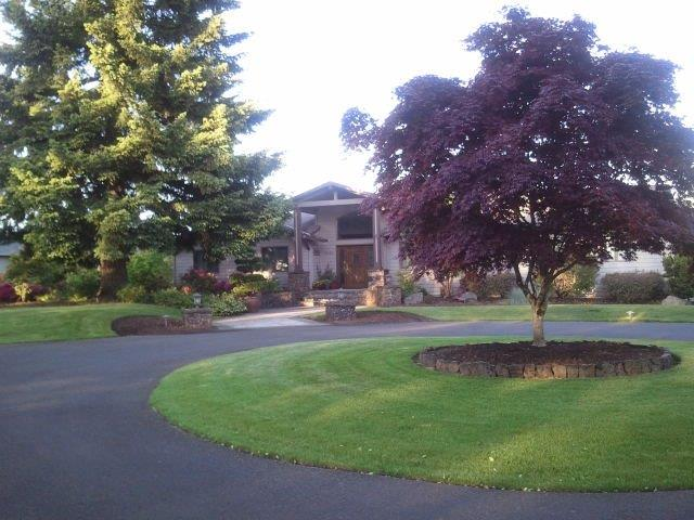 Image of a Beaverton driveway design and construction project by Drake's 7 Dees