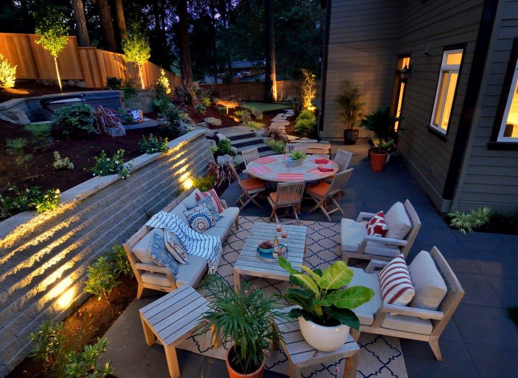 Image of a Gladstone Outdoor Lighting Design and Installation by Drake's 7 Dees