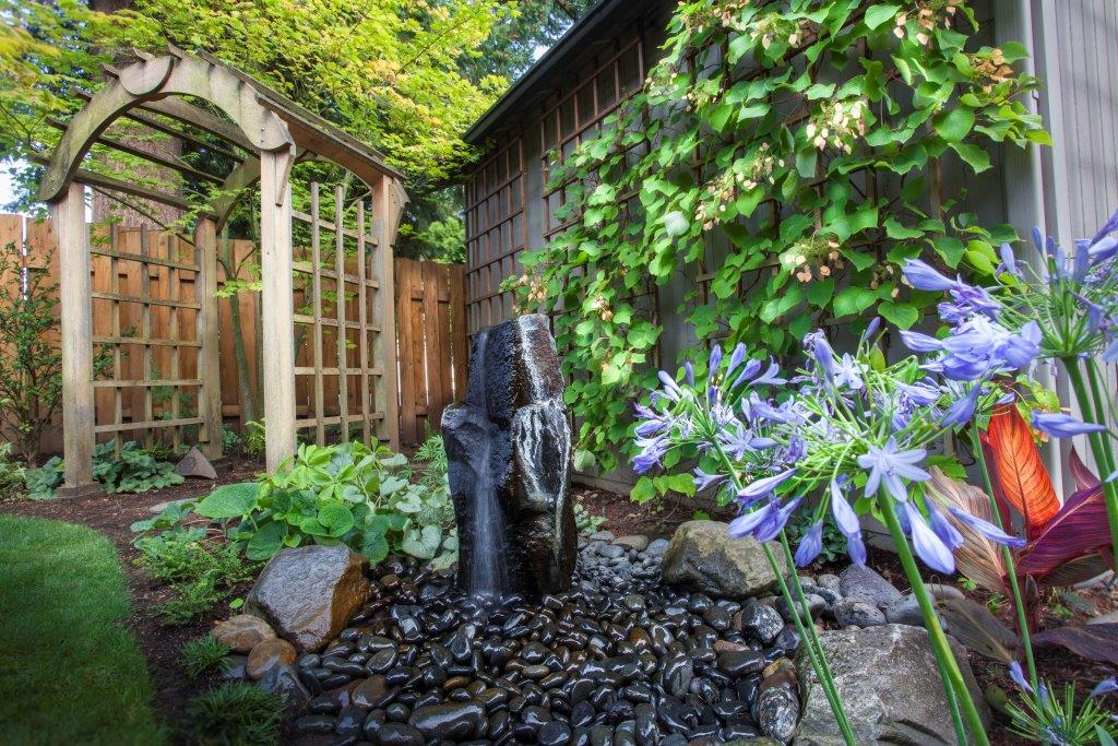 Image of a Gresham backyard garden design and installation project by Drake's 7 Dees