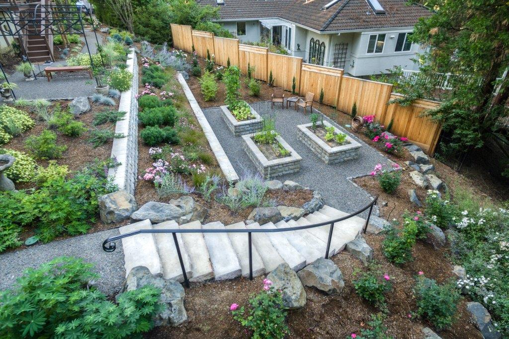 Image of a Troutdale Retaining Wall Design and Build by Drake's 7 Dees